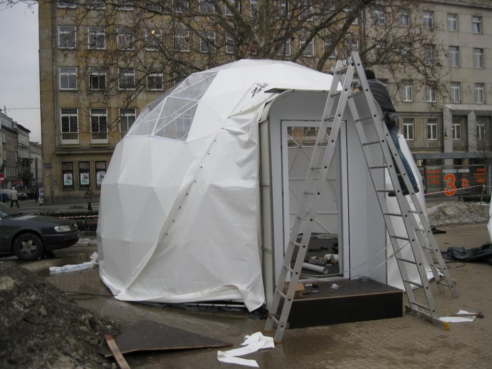 Słowiański mit – Multimedialna wystawa w namiotach Kulistych na placu Wolności w Poznaniu