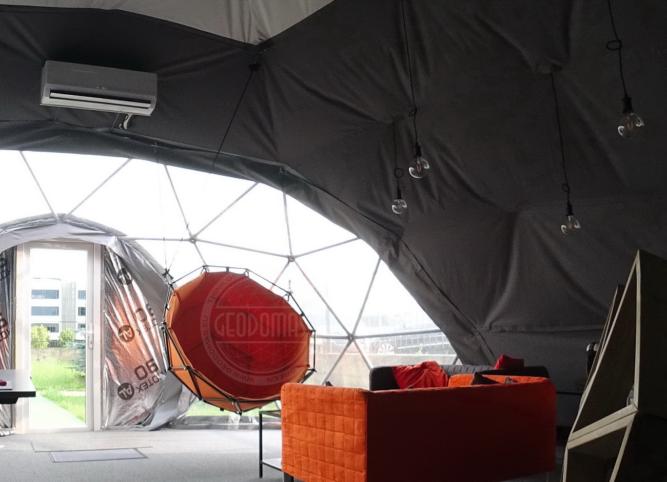 Geodesic Hanging Lounger Ø1,2m   Indoor & Outdoor Use
